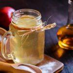 Bicarbonate and apple vinegar to combat stomach acid