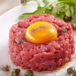 Retired adult bovine tartare: contaminated by the Listeria bacterium