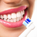 Perfect white teeth: 5 basic rules and the foods to avoid