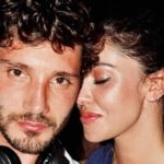 Stefano De Martino from record on TV and Belen enchants in bikini on Instagram