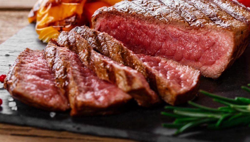The Paleo diet. The complete weekly menu