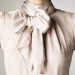 The shirt with the bow: romantic and glamorous