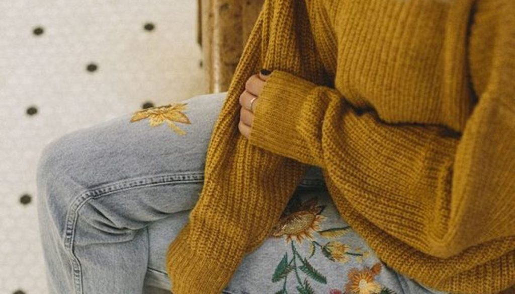 Mustard yellow: the strong shade of autumn