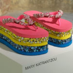 At the auction the collectible Havaianas to help women victims of war
