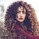 Burgundy lipstick: how to wear it