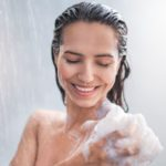 All the reasons for choosing a cold shower in the morning