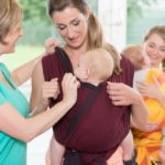 Babywearing reduces newborn colic: doctor's word