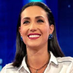 Caterina Balivo, ballet and gaffe with Beppe Convertini at Come from Me
