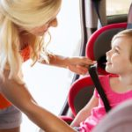 Children in the car: app and anti-abandonment devices to be installed