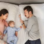 Co-sleeping, boom in Italy: more cuddly boys