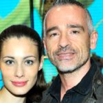 Eros and Marica again close together, Ramazzotti's gesture for the former