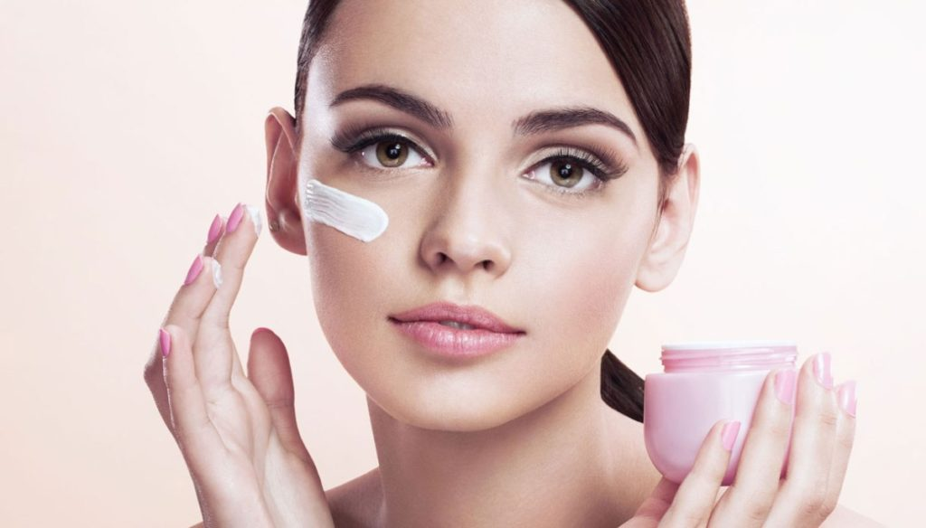 How to choose the right eye contour cream for you