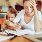 Increasingly difficult to reconcile work and children: mothers quit