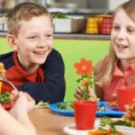 It is forbidden to impose the vegan diet on children. Parents risk imprisonment