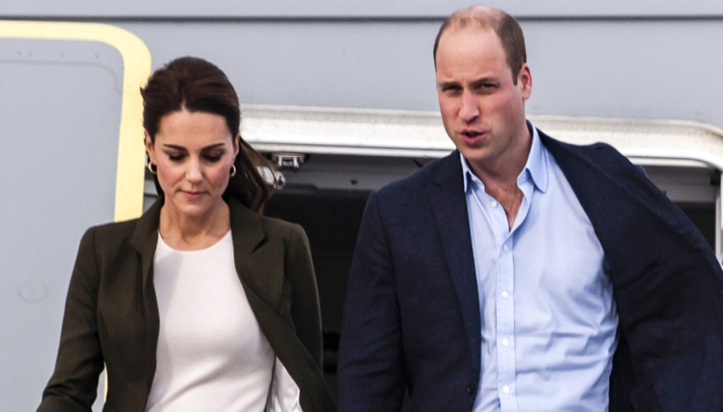 Kate Middleton, the Court rule that separates her from William and George