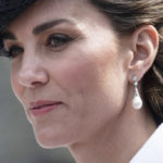 Kate Middleton, the tribute to Diana and the mistake of the white collegiate coat