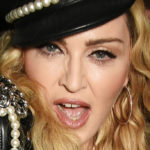 Madonna forbids the use of cell phones at her concerts