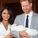 Meghan Markle isolated with Archie: no nanny, Clooney forfeits and Harry goes to Rome