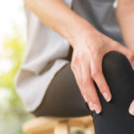 Osteoporosis, how to recognize symptoms and intervene