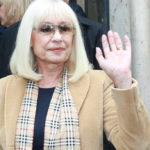 "Raffaella Carrà, goodbye to Boncompagni through tears: ""I will take the man behind me"""