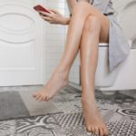 That's why you have to stop taking your smartphone to the bathroom