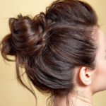 The hairstyle of the parties: the disheveled chignon