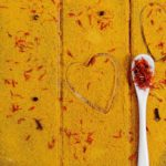 The secret of summer is saffron: all the properties