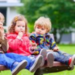 Sandwich baby syndrome, how to raise middle children