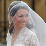 Kate Middleton, the H&M wedding dress costs less than 200 euros and is identical to hers