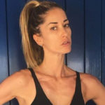 "Elena Santarelli furious on Instagram: ""Enough with this thinness"""