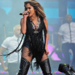 Assisted fertilization, famous cases: also JLo at the center for fertility