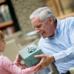 Gifts for grandparents: ideas to never make mistakes