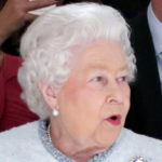 Queen Elizabeth for the first time at London Fashion Week gives style lessons