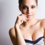 Breast: the advice to keep it high and firm