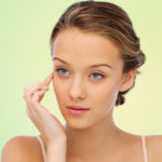 Crow's feet: 4 things not to do to avoid them