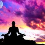 Even famous people devote themselves to meditation to regain their balance