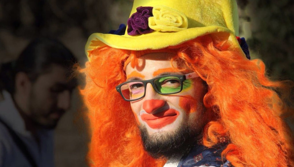 Goodbye Anas: the clown of Aleppo died, bringing a smile to children