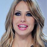 Ilary Blasi goes wild at karaoke with Teo Mammucari