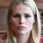 Michelle Hunziker celebrates the Red Code on Instagram and makes a promise