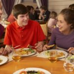 Restaurants and pubs forbidden to children: customers are divided