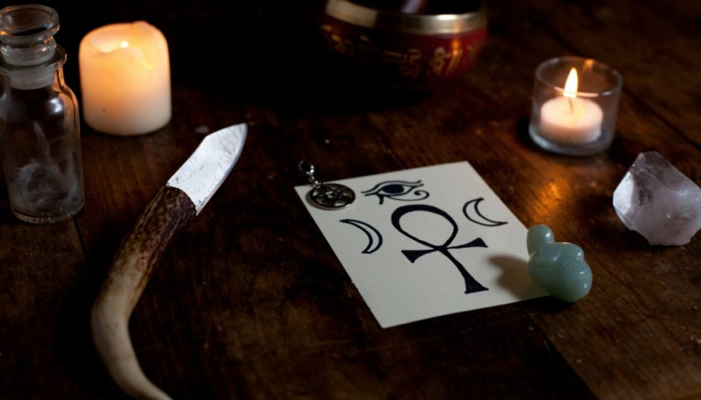 Wicca: what's on the practitioner's altar