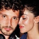 Belen Rodriguez and Stefano De Martino inseparable: romantic kiss at sunset