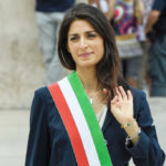 Virginia Raggi, first exit with the tricolor band
