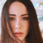 Aurora Ramazzotti, car misadventure. And on Instagram she enchants in a bikini