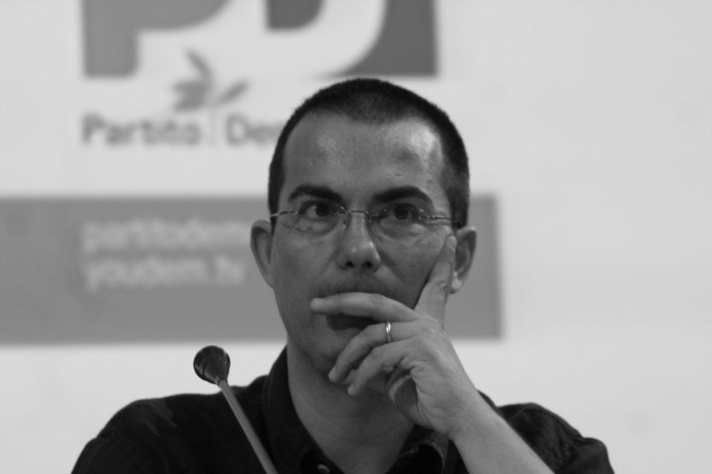 Giovanni Floris, journalist: biography and curiosities