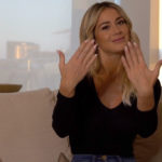 How much time does Diletta Leotta spend on manicure?