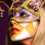 How to wear make-up at the carnival: masks and tips