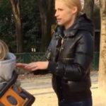 Michelle Hunziker, exhausted mom at the park: the video is viral