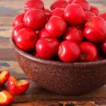 Anti-aging foods: from beans to berries