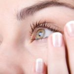 Why are the eyelids shaking? For six specific reasons